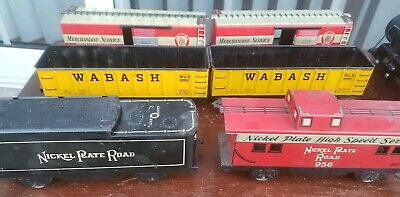 VINTAGE MARX TRAIN Set Engine with 4 cars Shell Tanker Car Caboose