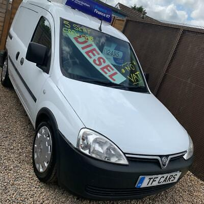 2011 Vauxhall Combo 1.3CDTi Diesel 2000 Crew Cab - 5 SEATS! FINANCE AVAILABLE!
