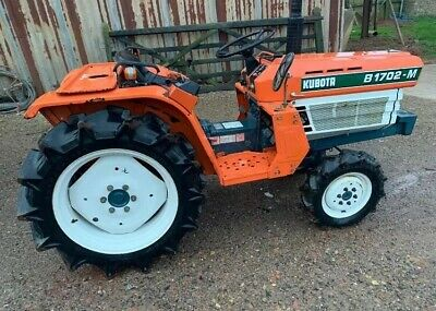 Kubota Compact Tractor With crawler Gearbox