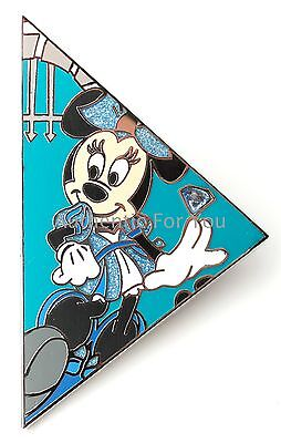 MINNIE CHASER Disneyland 60 Mystery Box Puzzle SERIES 3 Pin LE300 Disney Diamond