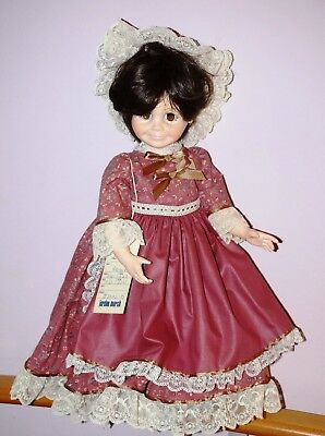 """Robin Woods Vinyl doll MARMIE w tag - SAMPLE """"not for sale"""" - no box With Stand"""