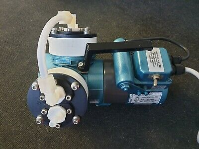 KNF Neuberger UN726.3FTP Laboport Diaphragm Vacuum Pump, Twin Head