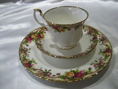 Royal Albert Old Country Roses Ruby Celebration Plate, Cup & Saucer