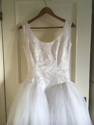 Wedding dress white with tuille skirt size 8