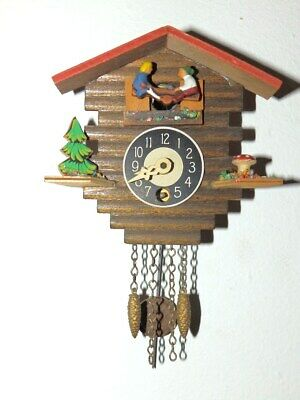 Small Wall Clock Cuckoo Clock 1950 - 1970 With Automat  In Nice Condition