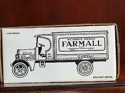 ERTL 1925 Farmall Truck Die-Cast Metal Bank, NIB, 1:30 scale