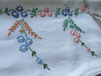 Vintage Hand Embroidered Linen Tablecloth-PRETTY FLORAL'S