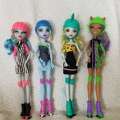 Monster High 4 Roller Maze Dolls Lagoona Abbey Bominable Ghoula Yelps Clawdeen