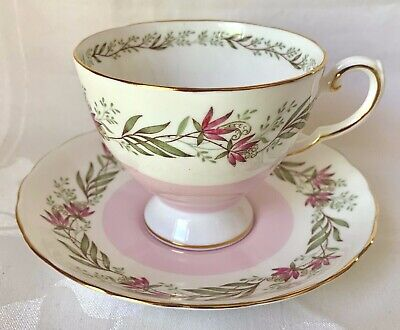 Pretty Royal Tuscan Pink & White Cup & Saucer Set, D1787, Fresco, Great Cond