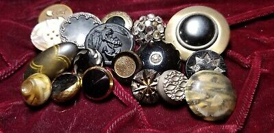 Lot of Vintage And Antique Buttons Bakelite Black Glass Tight Metal Tops
