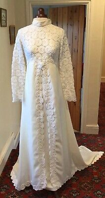 VINTAGE 1960's DARK IVORY LACE TRIMMED WEDDING DRESS WITH TRAIN