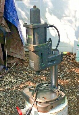 BLACK & WEBSTER ELECTROPUNCH MODEL BS 115V With Bench Top Stand Impact Hammer