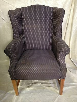 Large wing back chair,nice&sturdy,not antique 12Pix Virginia Local pickup MKOFFR