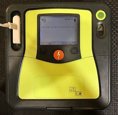 Zoll AED Pro SEMI AUTOMATIC and MANUAL Excellent Condition ECG Monitoring
