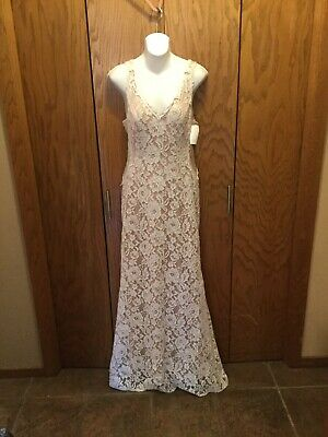 NWT: Xscape Maxi Sheath Gown White Floral Lace Dress Womens 10