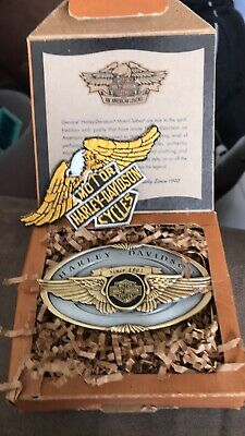 Vintage Harley Davidson V-twin w/eagle belt buckle