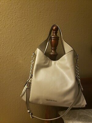 c51e52cedd6a Michael Kors Devon Calf Leather Shoulder Tote Dove Gray Gently Used With Tag