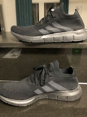 ADIDAS SWIFT RUN Primeknit Sz 10 Core Black Grey Pk Running