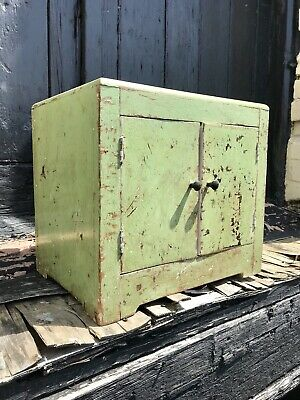 Vintage Art Deco 1930's 40's Scrapped Back Pine Kitchen Cupboard Country House
