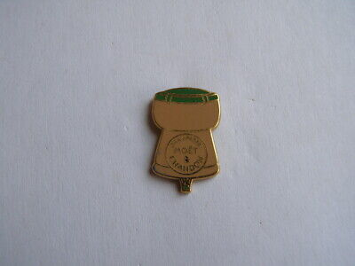 pins champagne moët & chandon