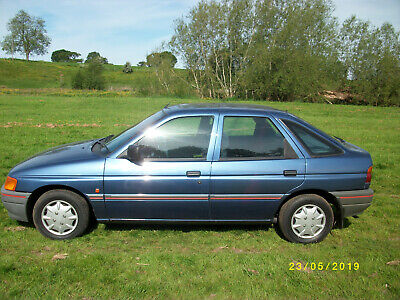 1991 ford escort 1.6 lx auto genuine 27000 miles owned from new genuine car