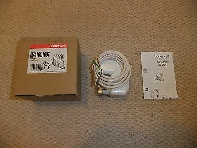 Honeywell M7410C1007 Linear Floating Actuator Bnib 2 Available