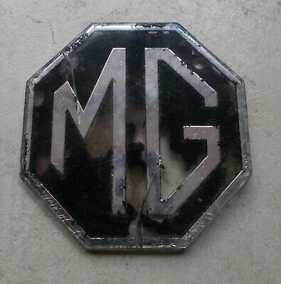 Vintage MG emblem badge sign car truck old automobile vtg UK