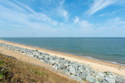 UK 13 July couples holiday let self catering Norfolk Broads Great Yarmouth
