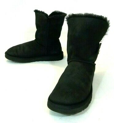 10b645b7a22 WOMENS UGG AUSTRALIA 5803 Black Bailey Button Suede Shearling Ankle ...