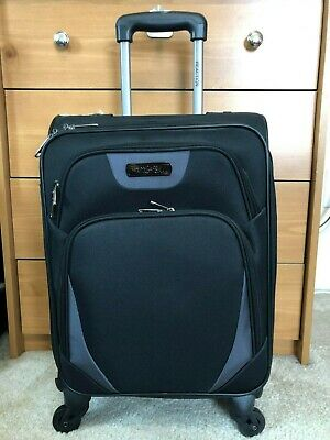 e75479e51 Kenneth Cole Reaction Going Places Carry-On Suitcase 20
