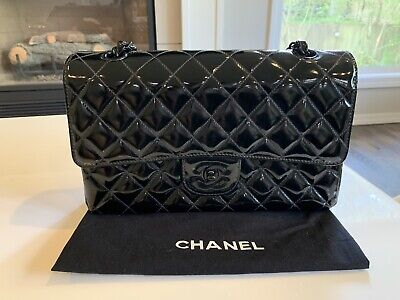768828ce8ba1 Chanel Medium Classic Double Flap So black Patent Leather Shoulder Bag
