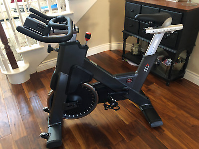 NEW SCHWINN IC3 Indoor Cycling Bike with Tablet Holder