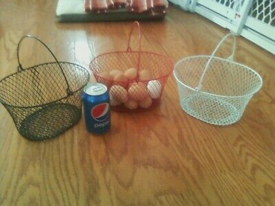 Collectibles Wire Chicken Egg Basket.. For Gathering Eggs ...poultry...oval...black