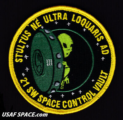 USAF 21st SPACE WING - Space Control Vault -Peterson, AFB, CO ORIGINAL VEL PATCH