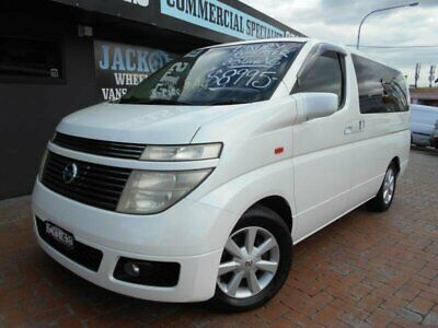 2003 Nissan Elgrand E51 White Automatic 5sp A Wagon
