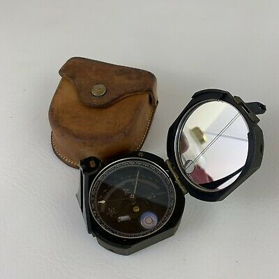 US Army US M2 COMPASS in leather M-19 Carrying Case Excellent