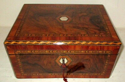 LOVELY SMALL VICTORIAN FIGURED WALNUT & BANDED WRITING SLOPE with key & inkwell