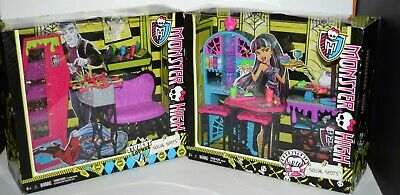Monster High Social Spots Creepateria Playset Rare and Student Lounge New