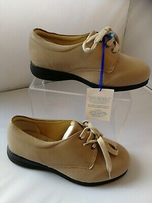 Ladies Cosyfeet comfort shoes size 6 Extra roomy Taupe Beige Heidi lace up