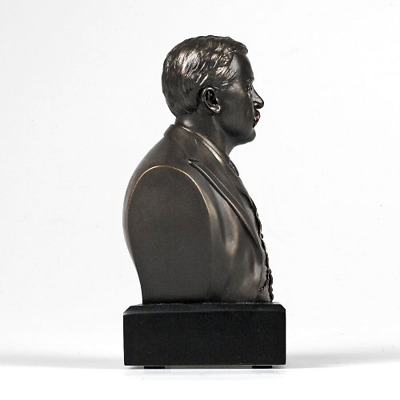 Brand New Theodore Roosevelt Bust A Visable Symbol of Americas Rich Heritage