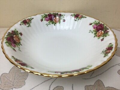 Royal Albert Old Country Roses Large Fruit / Serving Bowl 1st quality Unused