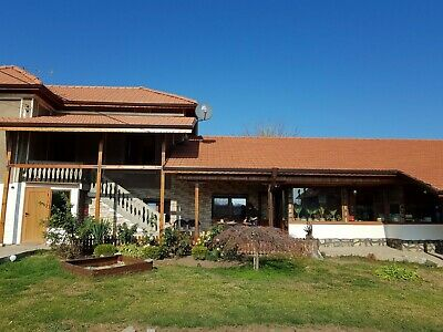 5-bedroom house with tavern in Bulgaria