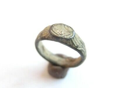 Late ROMAN PERIOD Ancient Roman Enameled Bronze Ring with a CROSS - nice patina!