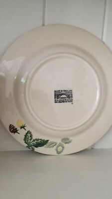 Emma Bridgewater 8,5 inch plate Wild Strawberries rare first and discontinued