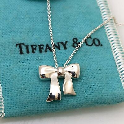 14945175c Tiffany & Co 1990 Sterling Silver Bow Ribbon Pendant Necklace 16