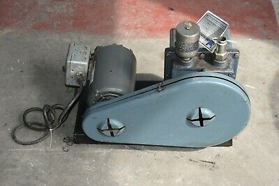 WELCH 1403 DUO SEAL VACUUM PUMP  WEG  1/2 HP Motor Single Phase With Switch