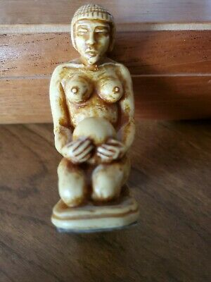 "2.75"" Small China Box-wood Hand Carved Naked Beautiful Woman Statue"
