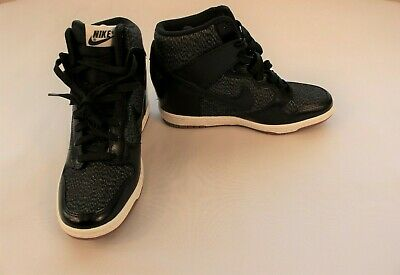 innovative design 3d075 e17a0 Women s Nike Sky Hi Dunk Wedge Sneakers Black and Grey Size 7.5