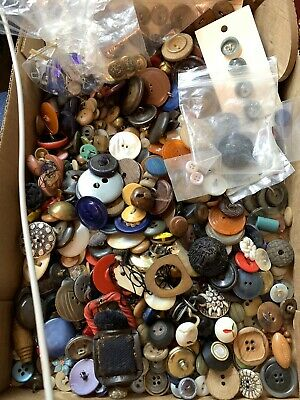 Large Vintage & Antique Lot Of Buttons Brass, MOP, Celluloid, Veg Iv, Glass Ect