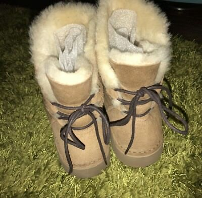 54bf5b54452 WOMEN'S SHOES UGG Naiyah Contrasted Lace Back Boot 1019164 Chestnut ...